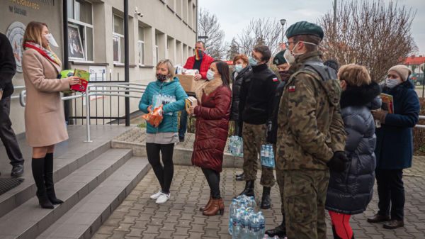zbiórka daró dla szpitala akcja wolontariacka ZST