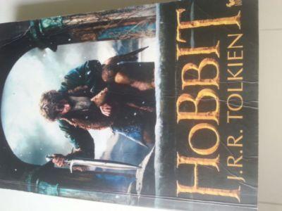 """okładka książki """"Hobbit"""""""