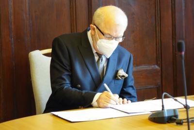Podpisanie listu intencyjnego w sprawie utworzenia studiów licencjackich na kierunku pielęgniarstwa