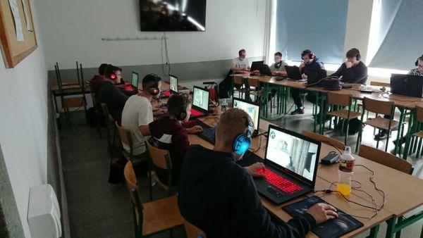 Turniej e-sportowy